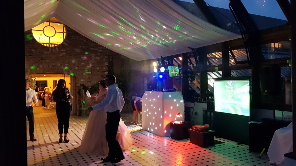 romford-wedding-video-discos